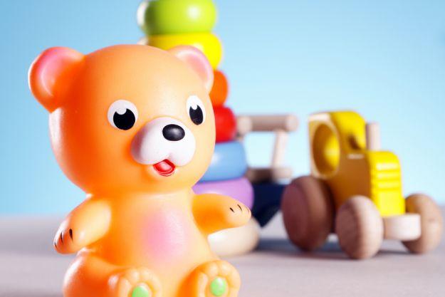 Як вибрати безпечні іграшки для дитини?