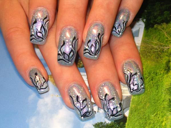 Покажите красивые рисунки на ногтях